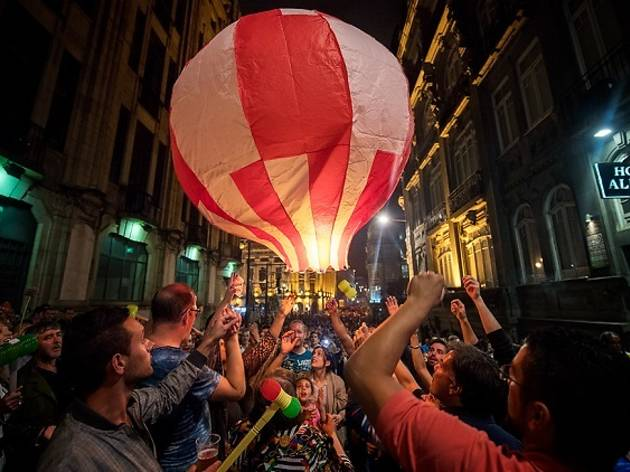 São João in Porto is the best popular party of Portugal