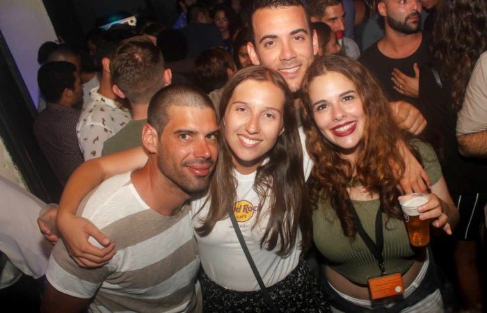 Pub Crawl Oporto: local bars and clubs