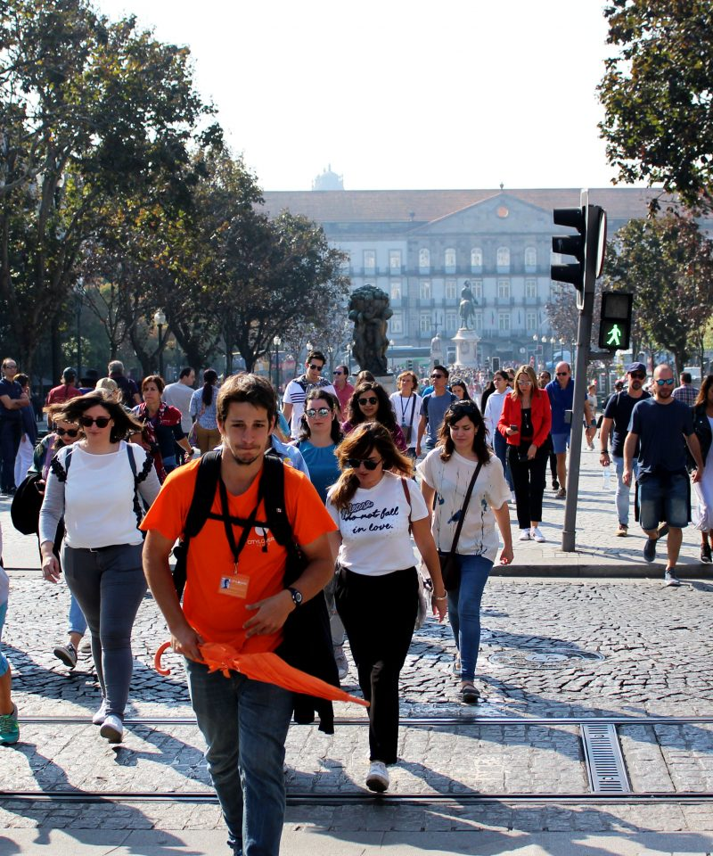 Free Walking Tour Porto with local guides, explore porto, local tour guides, what to do in porto, Free Tours